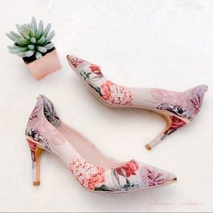 NEW Ted Baker Palace Garden Pumps/Heels US Size 6